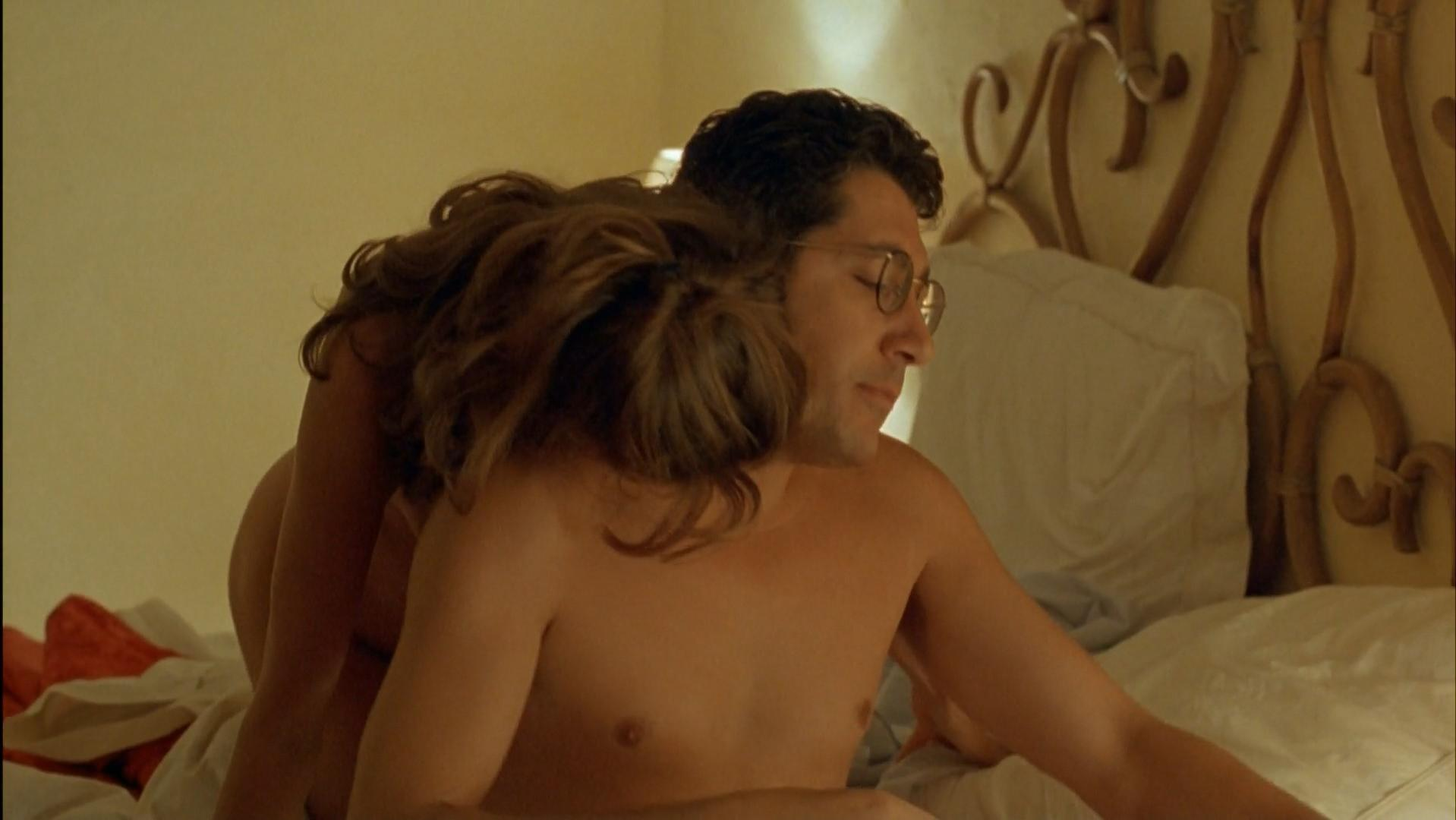 Victoria Abril nude, Josiane Balasko nude - French Twist (1996)