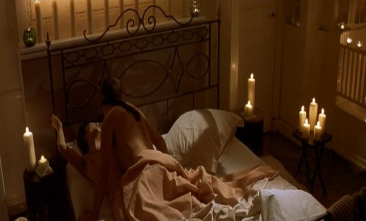 Emmanuelle Seigner nude - Corps a corps (2003)