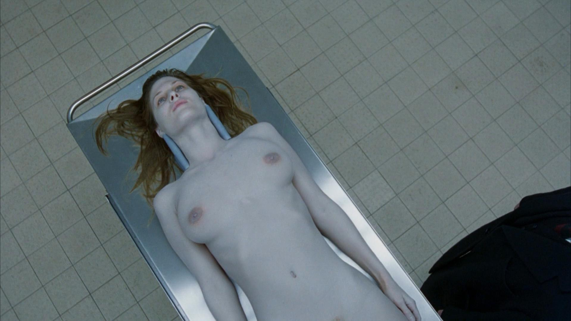 Julienne Davis nude, Abigail Good nude - Eyes Wide Shut (1999)