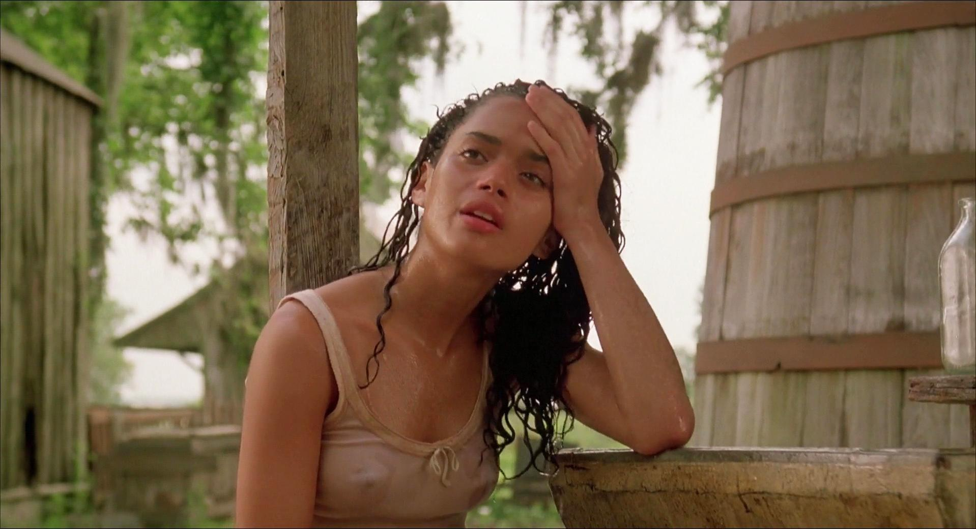 Lisa Bonet nude - Angel Heart (1987)