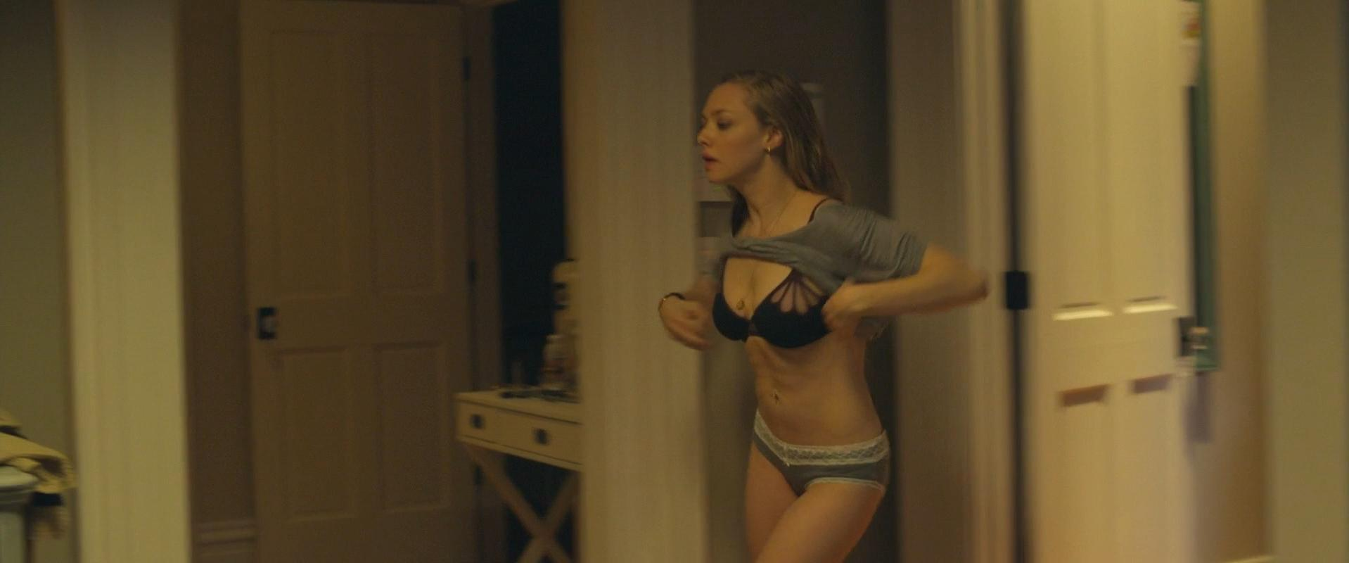 Nude Video Celebs  Amanda Seyfried Sexy - Fathers And Daughters 2015-6260