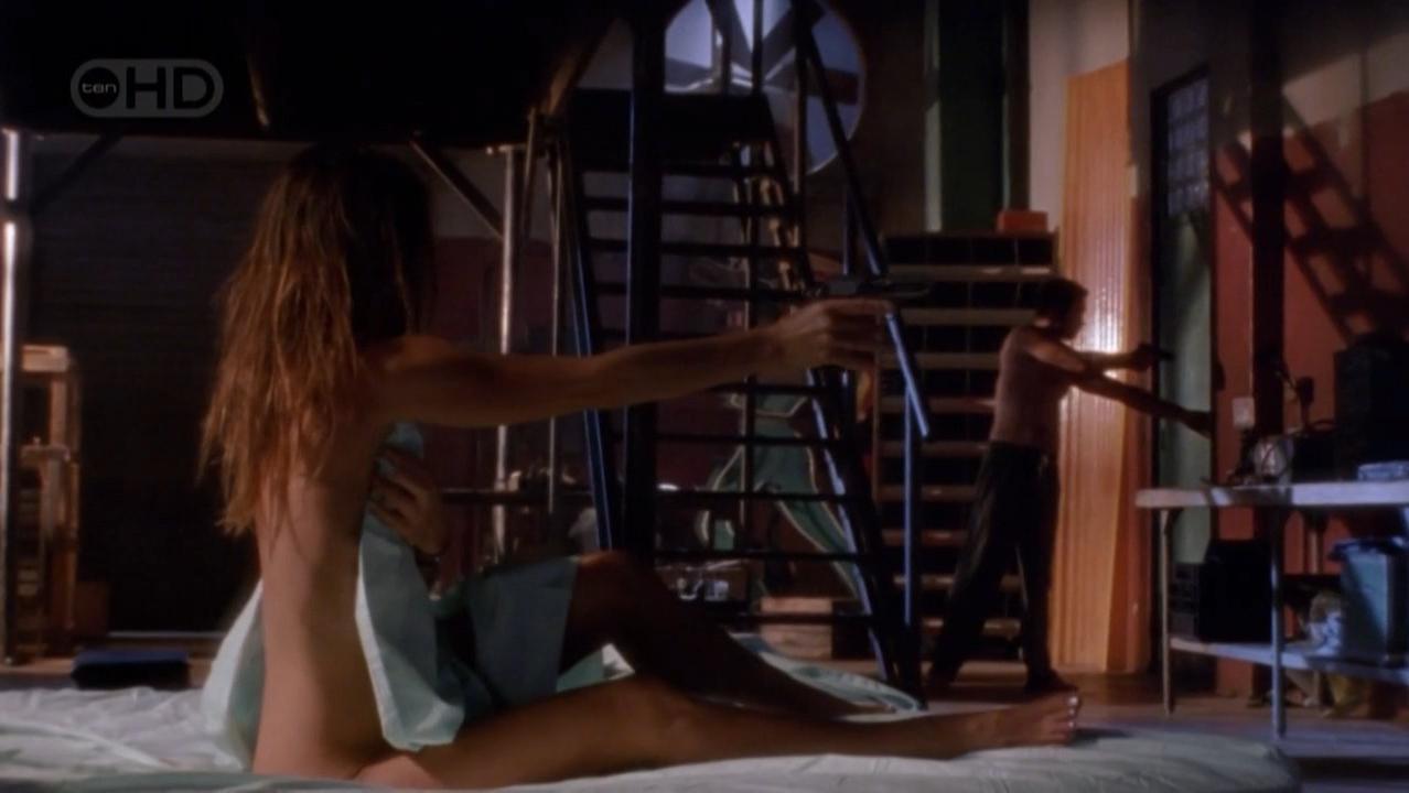 Gabrielle Anwar nude - Burn Notice s01e07 (2007)