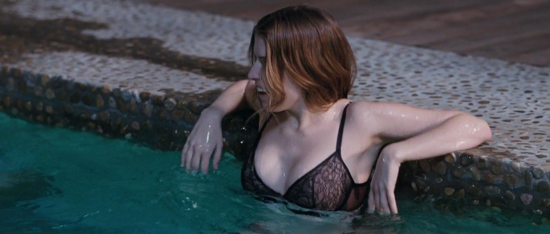 Anna Kendrick sexy, Brie Larson sexy - Digging for Fire (2015)