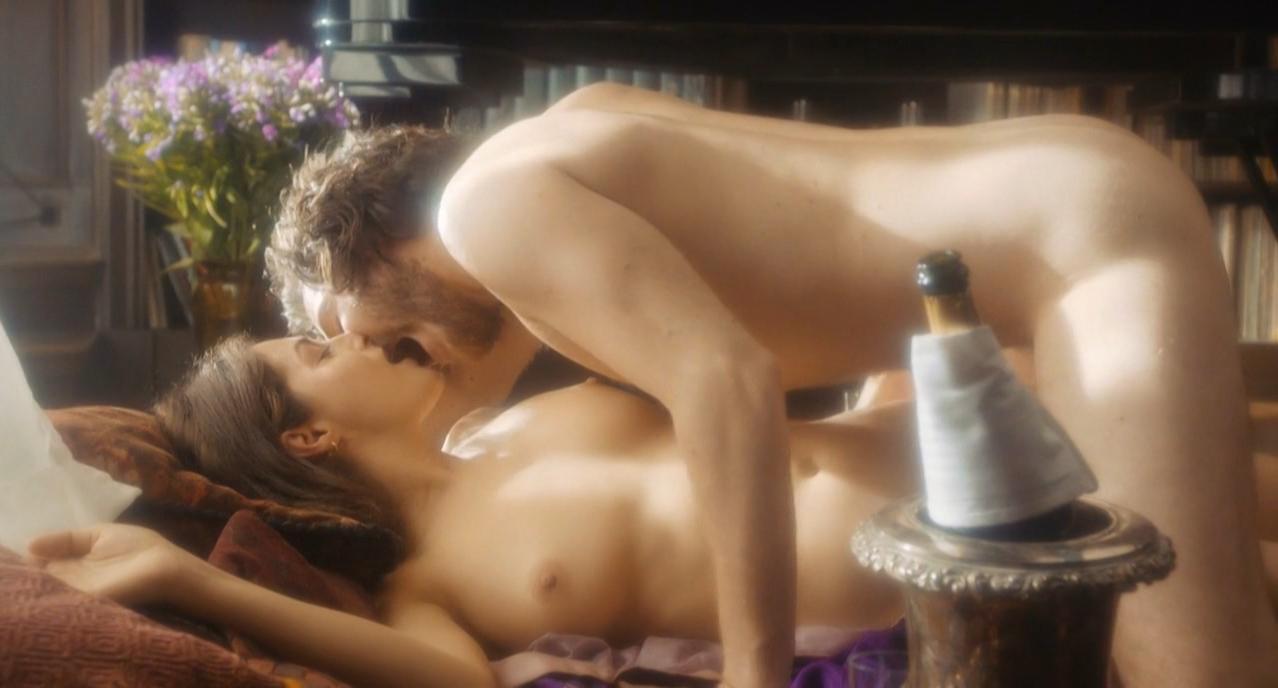 Amira Casar nude, Anne Helene Kotoujansky nude - Ich und Kaminski (2015)