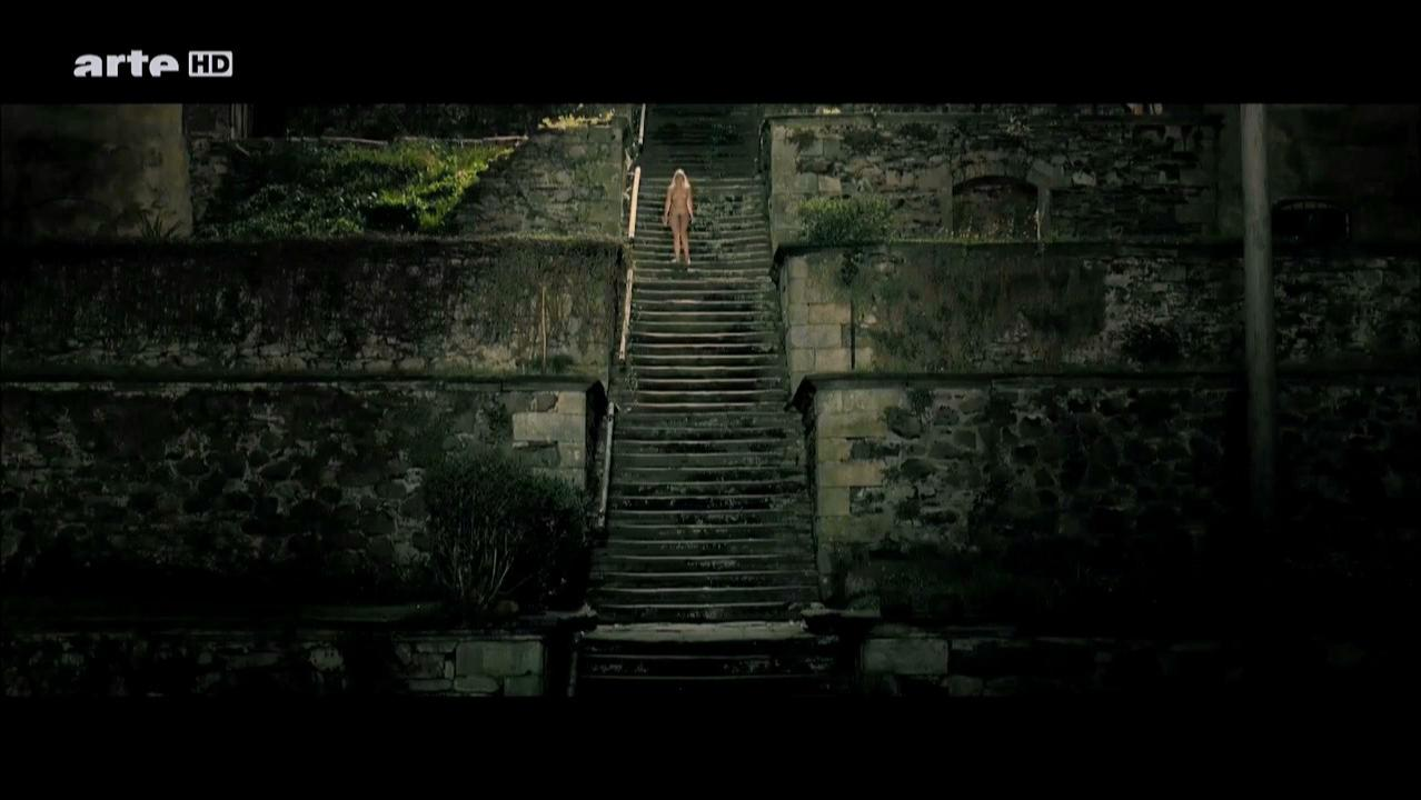 Jytte-Merle Boehrnsen nude - Bittere Kirschen (2011)