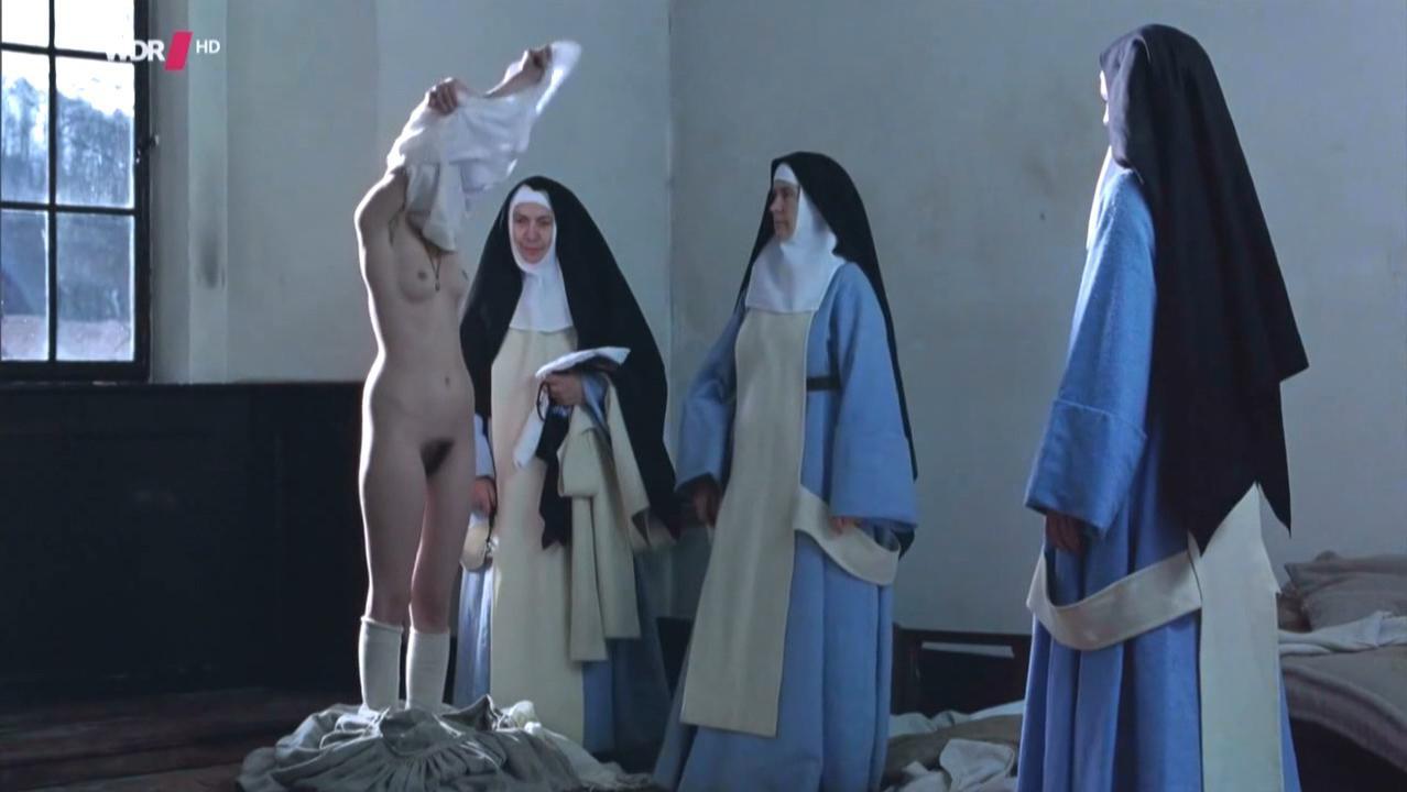 Pauline Etienne nude - La religieuse (2013)