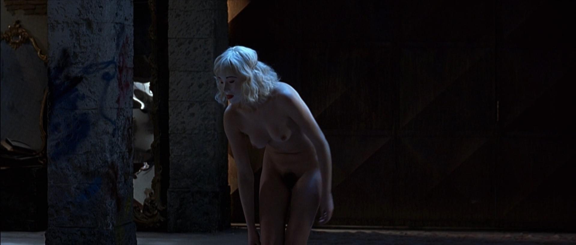Kseniya Rappoport nude, Claudia Gerini nude - La Sconosciuta (2006)