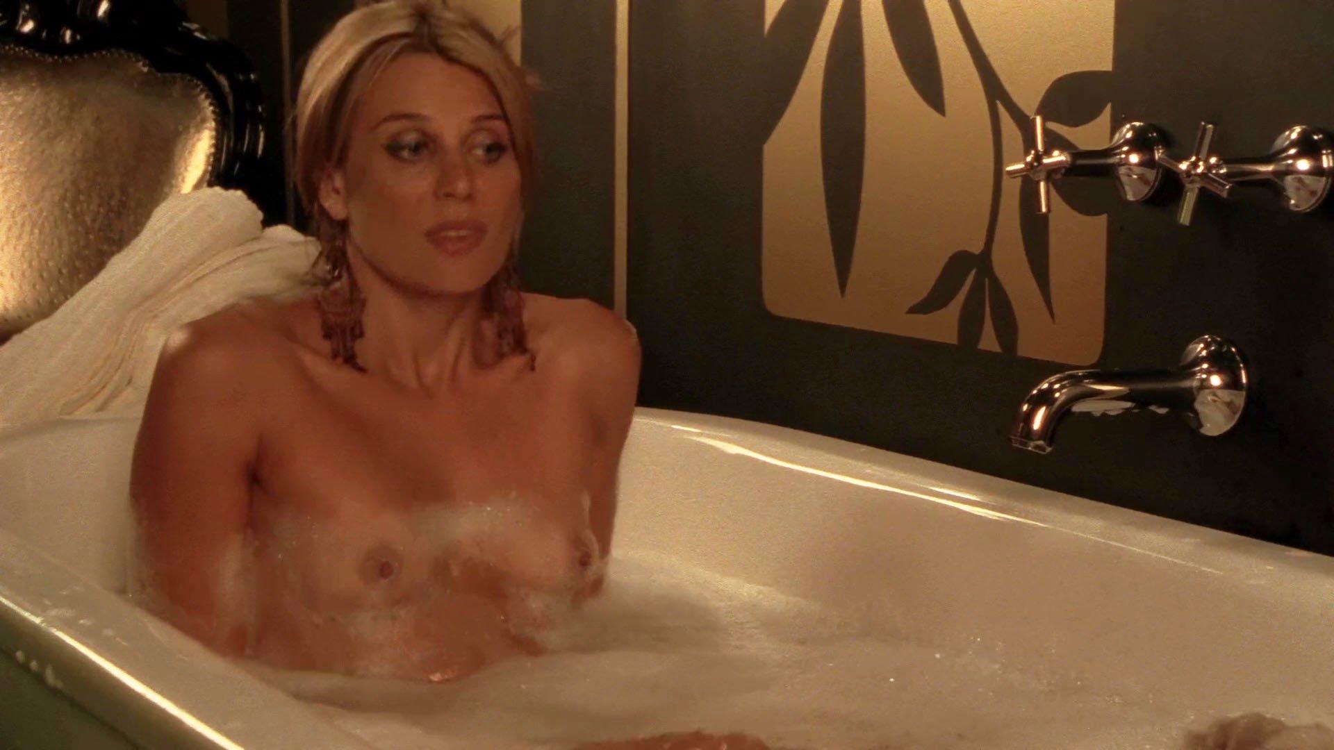 Diana Glenn nude - Satisfaction s01 (2007)