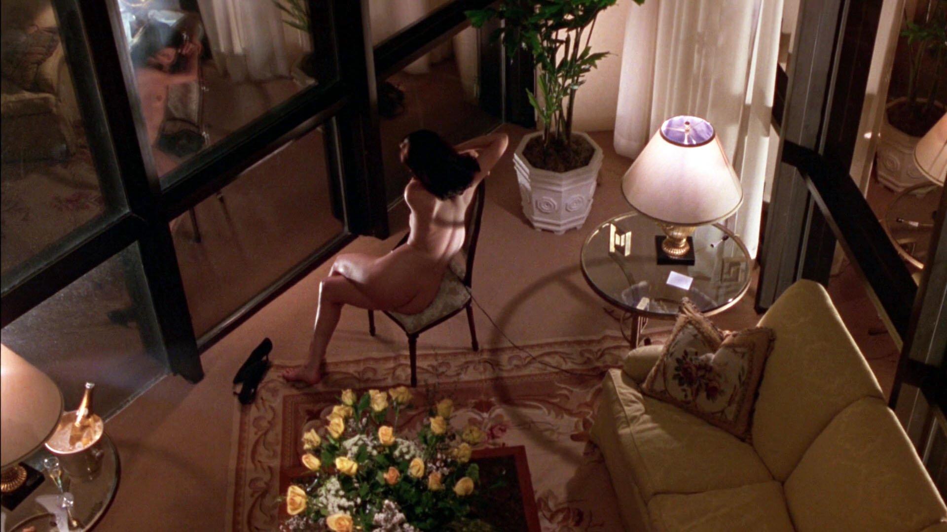 Beyond the law linda fiorentino nude