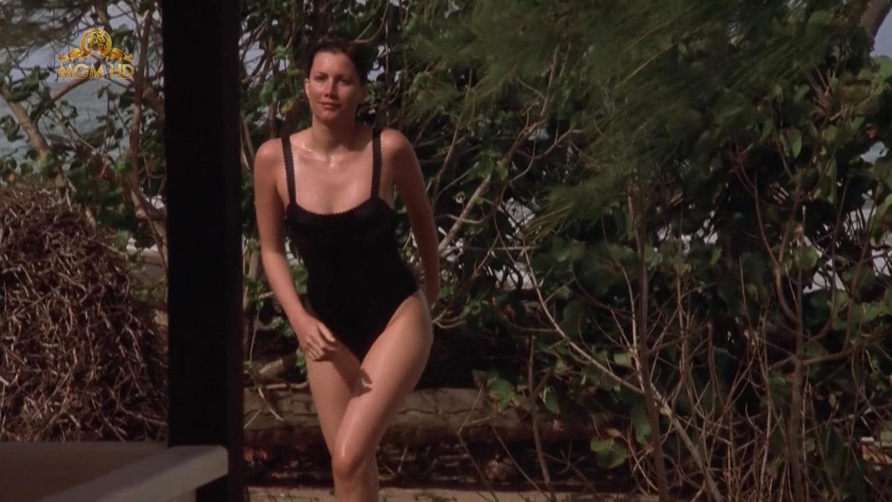 Alice Evans nude - Fascination (2004)