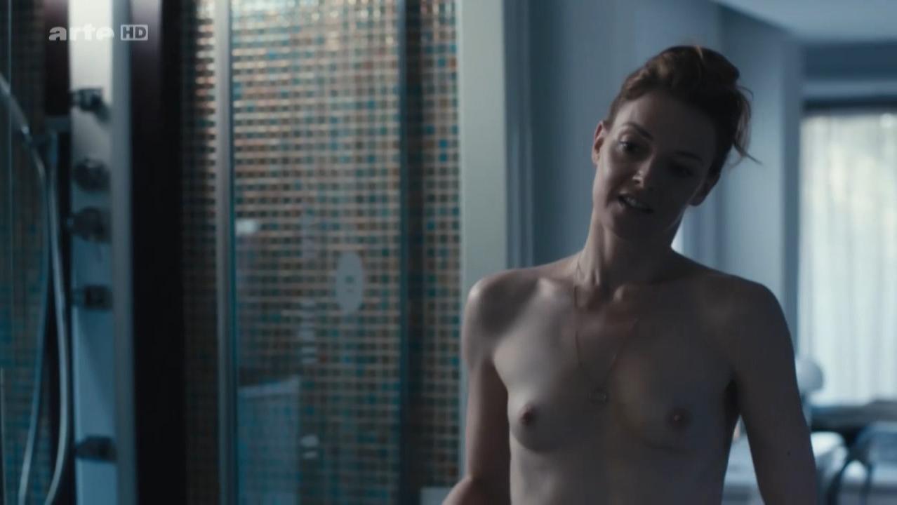 Kate Moran nude - Cannabis s01e04 (2016)