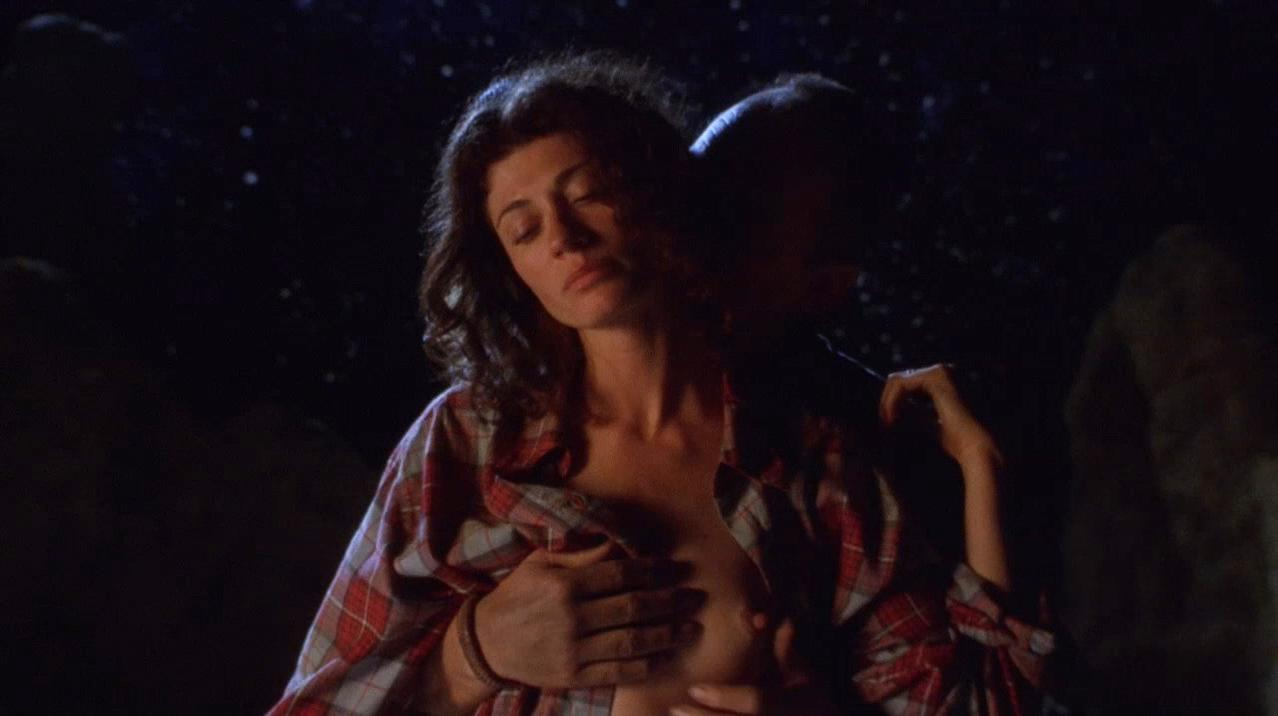 Caprice Benedetti nude - Slow Burn (2000)