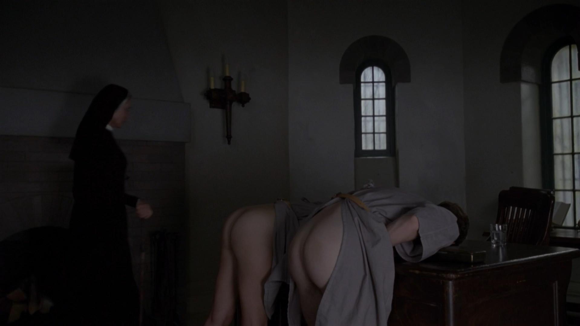 Lizzie Brochere nude - American Horror Story s02e02 (2012)