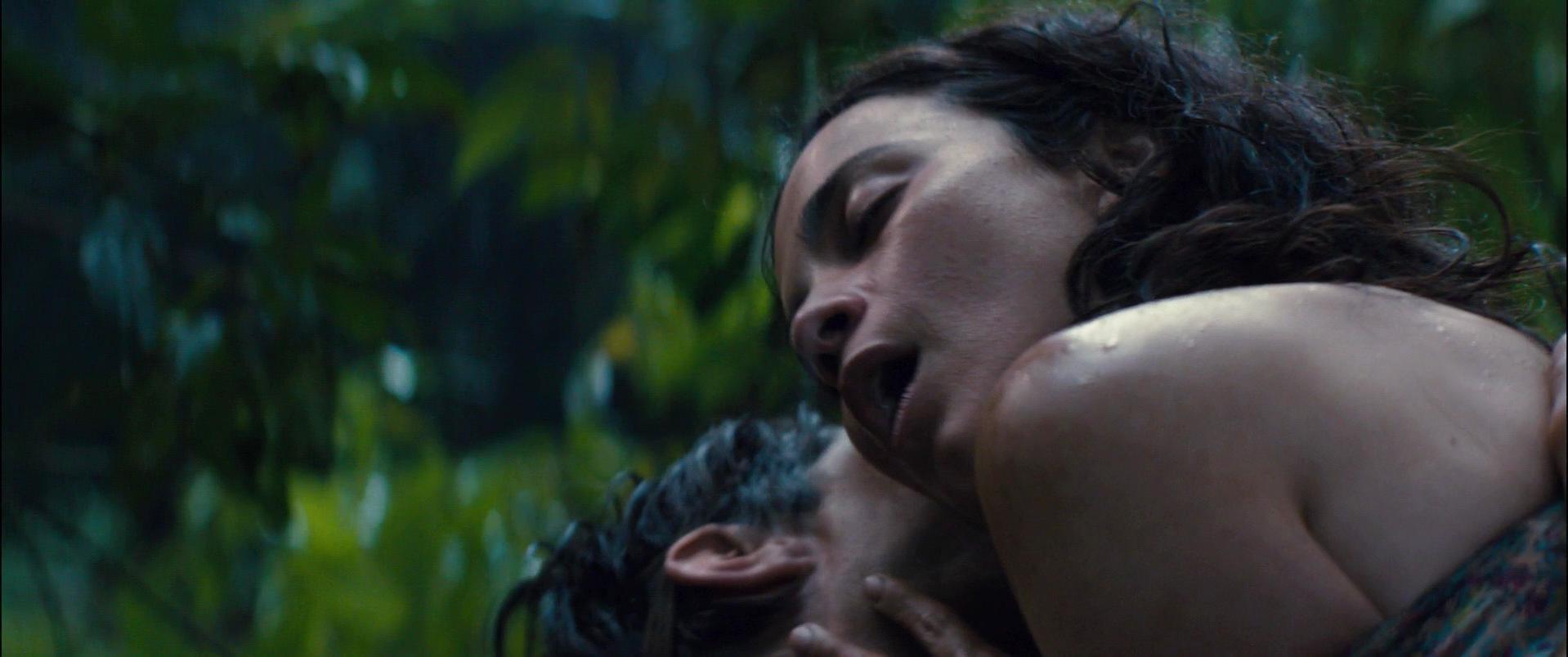Alice underwearga sexy - El Ardor (2014)