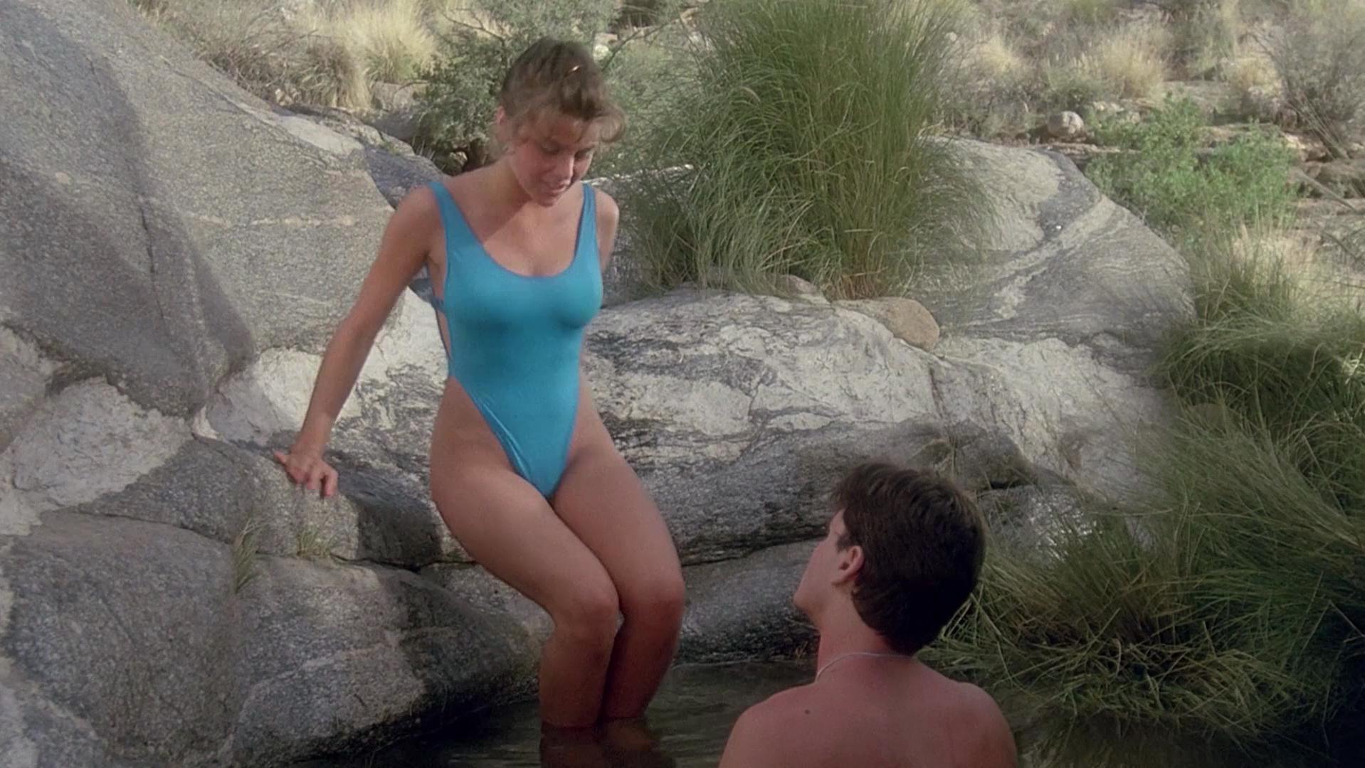 Nude Video Celebs  Sherilyn Fenn Nude - The Wraith 1986-1703
