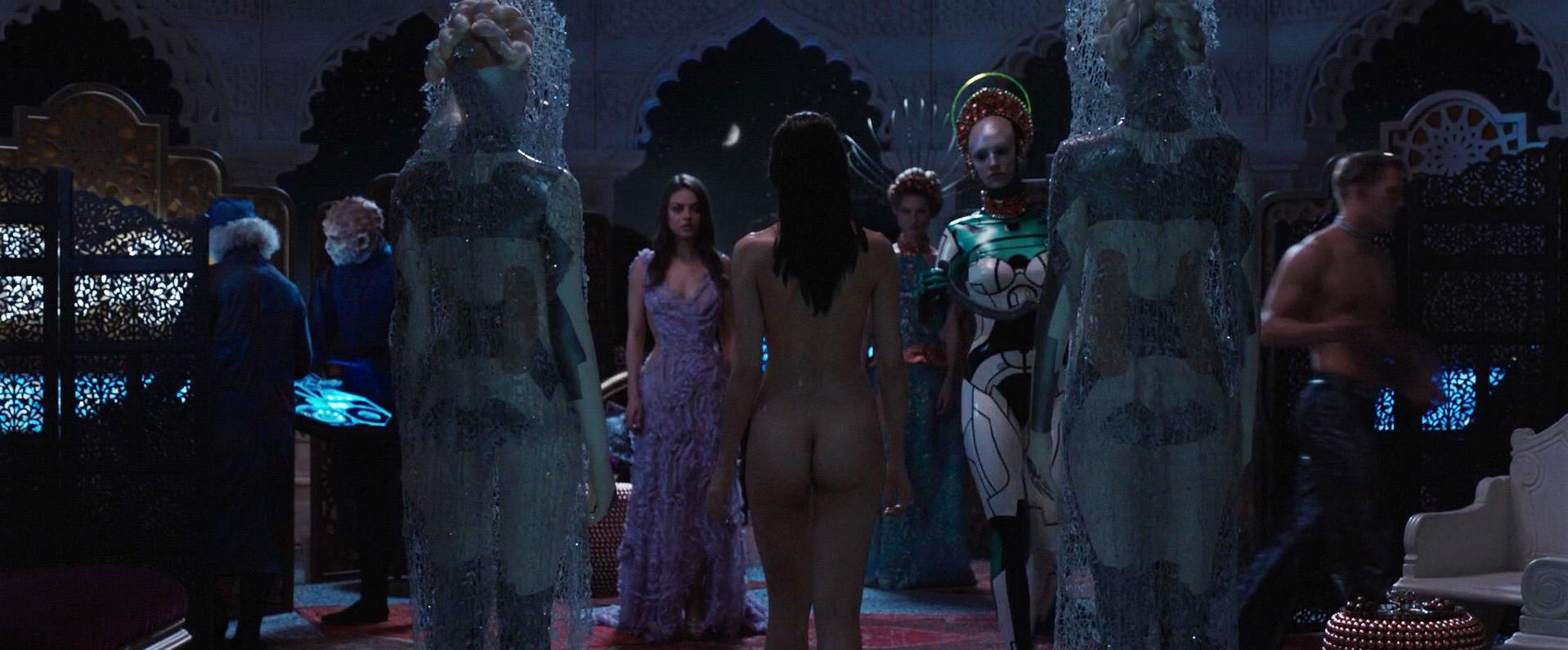 Tuppence Middleton nude, Vanessa Kirby sexy - Jupiter Ascending (2015)