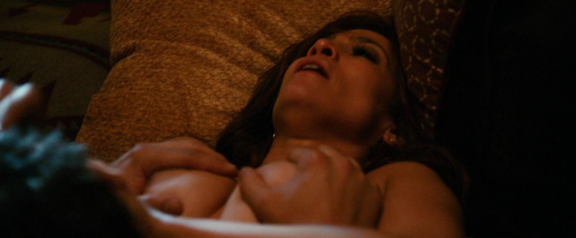 jennifer-lopez-sex-scene-in-u-turn