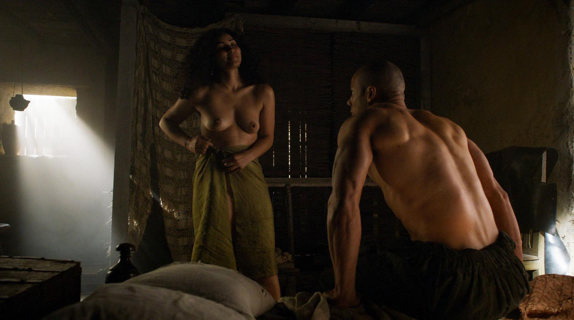 Meena Rayann nude, Emilia Clarke sexy - Game Of Thrones s05e01 (2015)