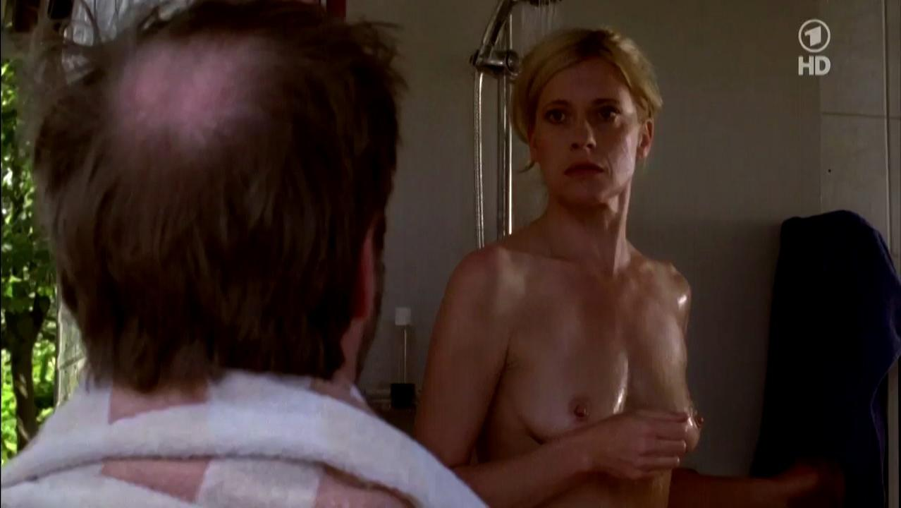 Caroline Peters nude - Mord mit Aussicht s02e10 (2012)