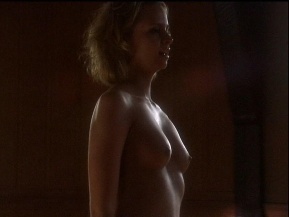 Lindsay Maxwell nude - Deep Evil (2004)