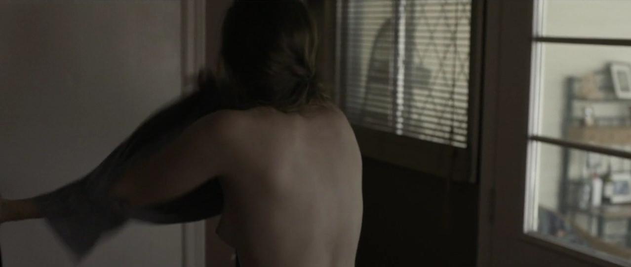 hannah gross nude