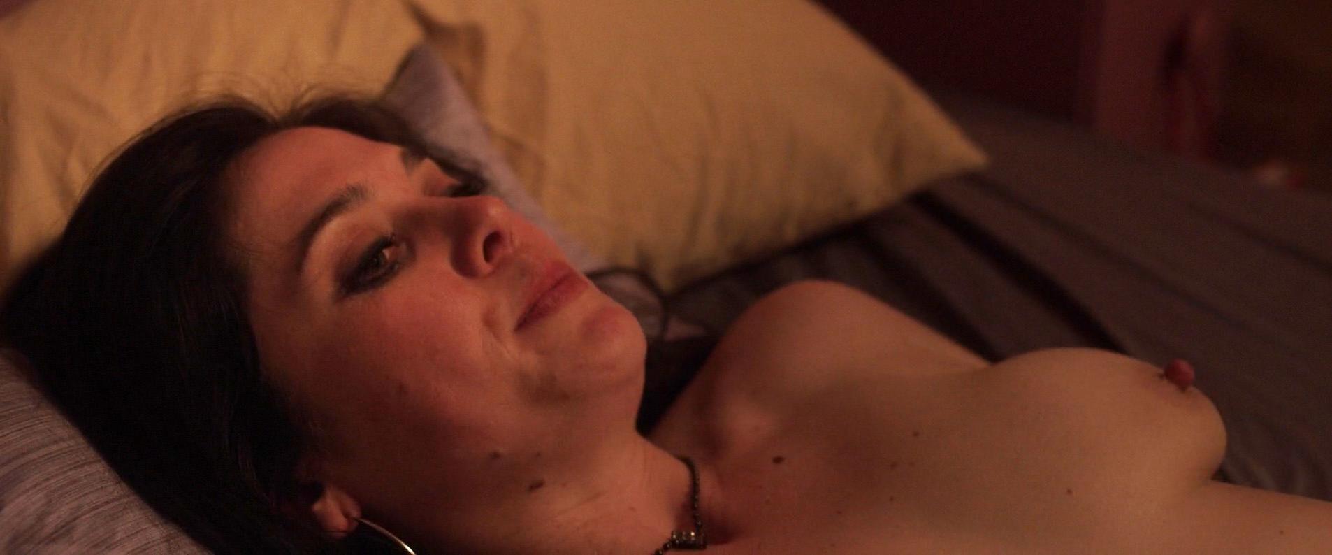 Mariel Neto nude - 7 Minutes (2014)