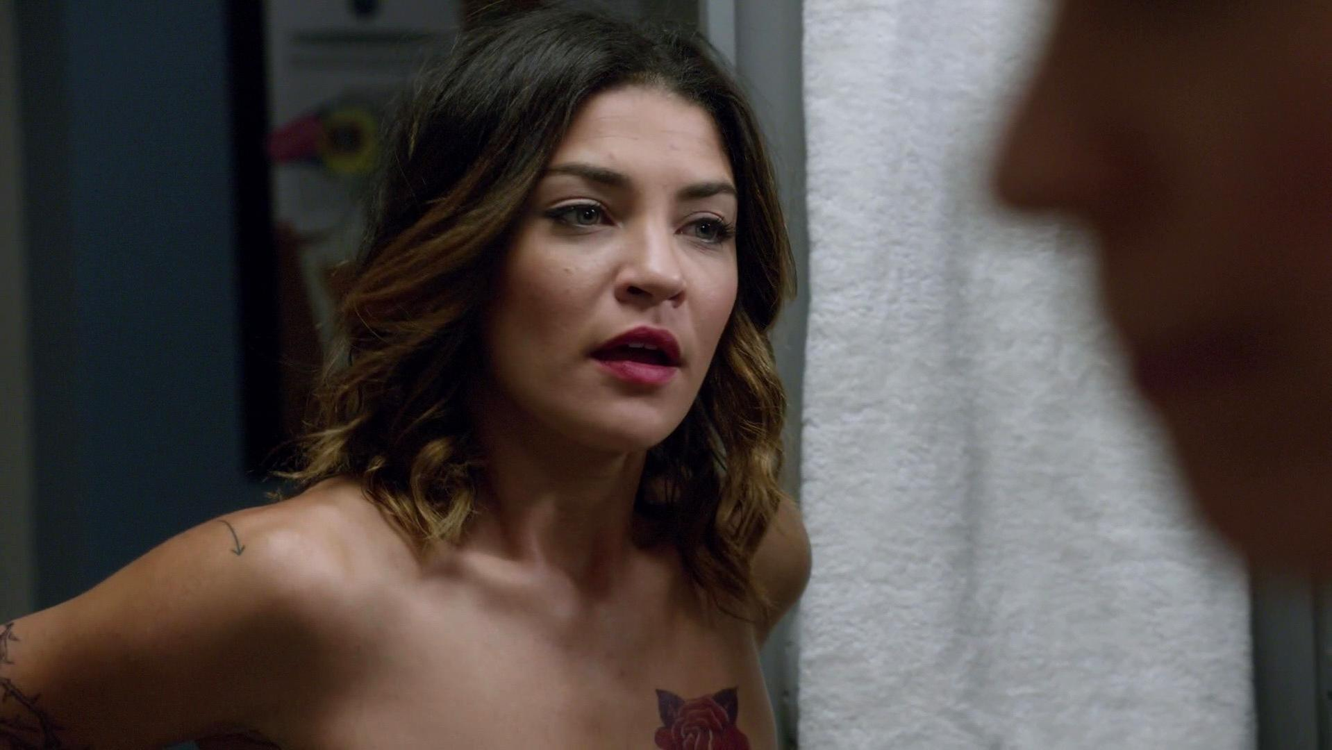 Jessica szohr kingdom s02e02 - 2 part 4