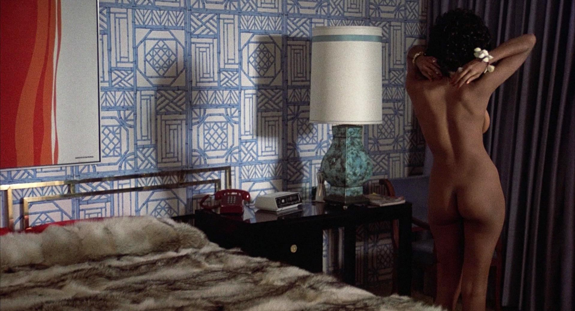 Pam Grier nude - Coffy (1973)