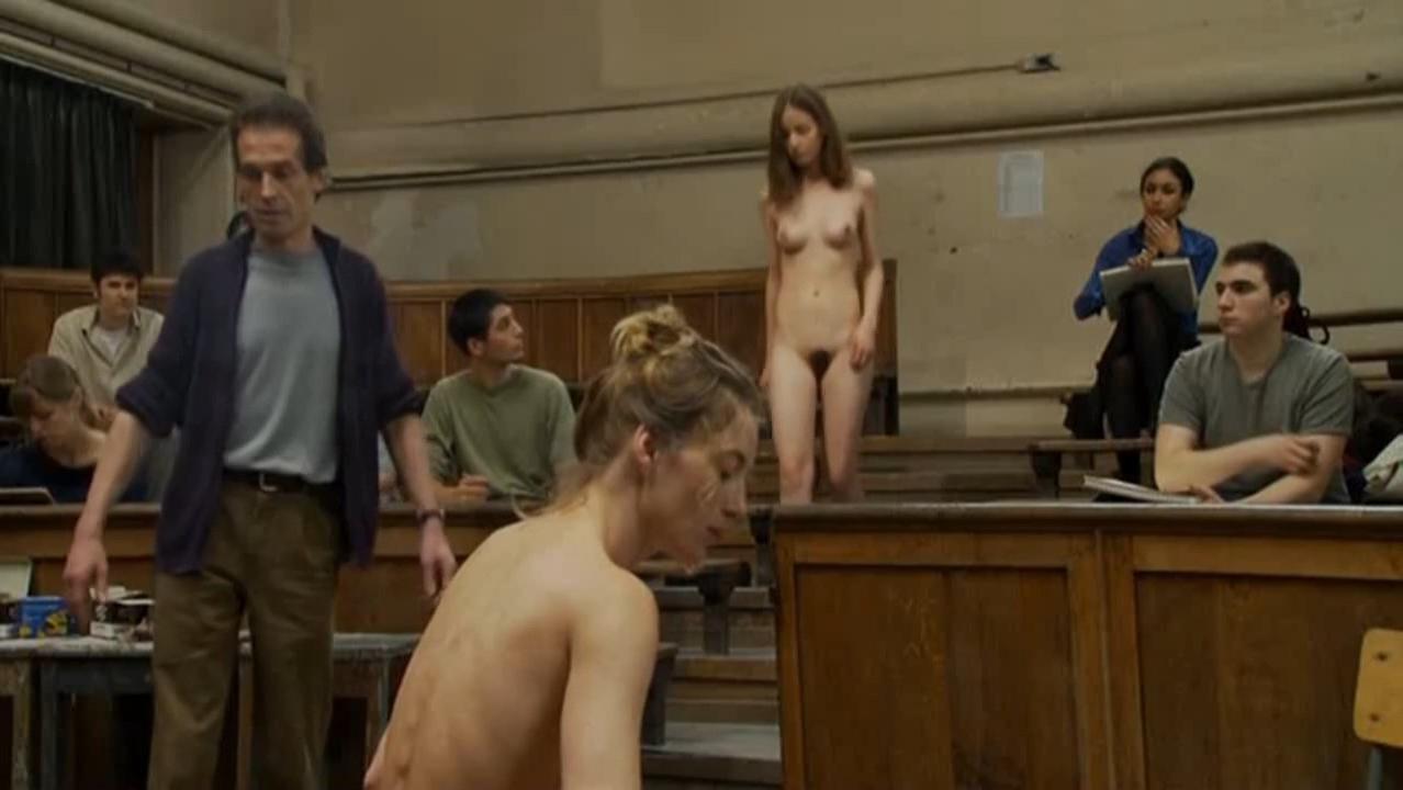 Patricia Chraskova nude - A l'est de moi (2008)