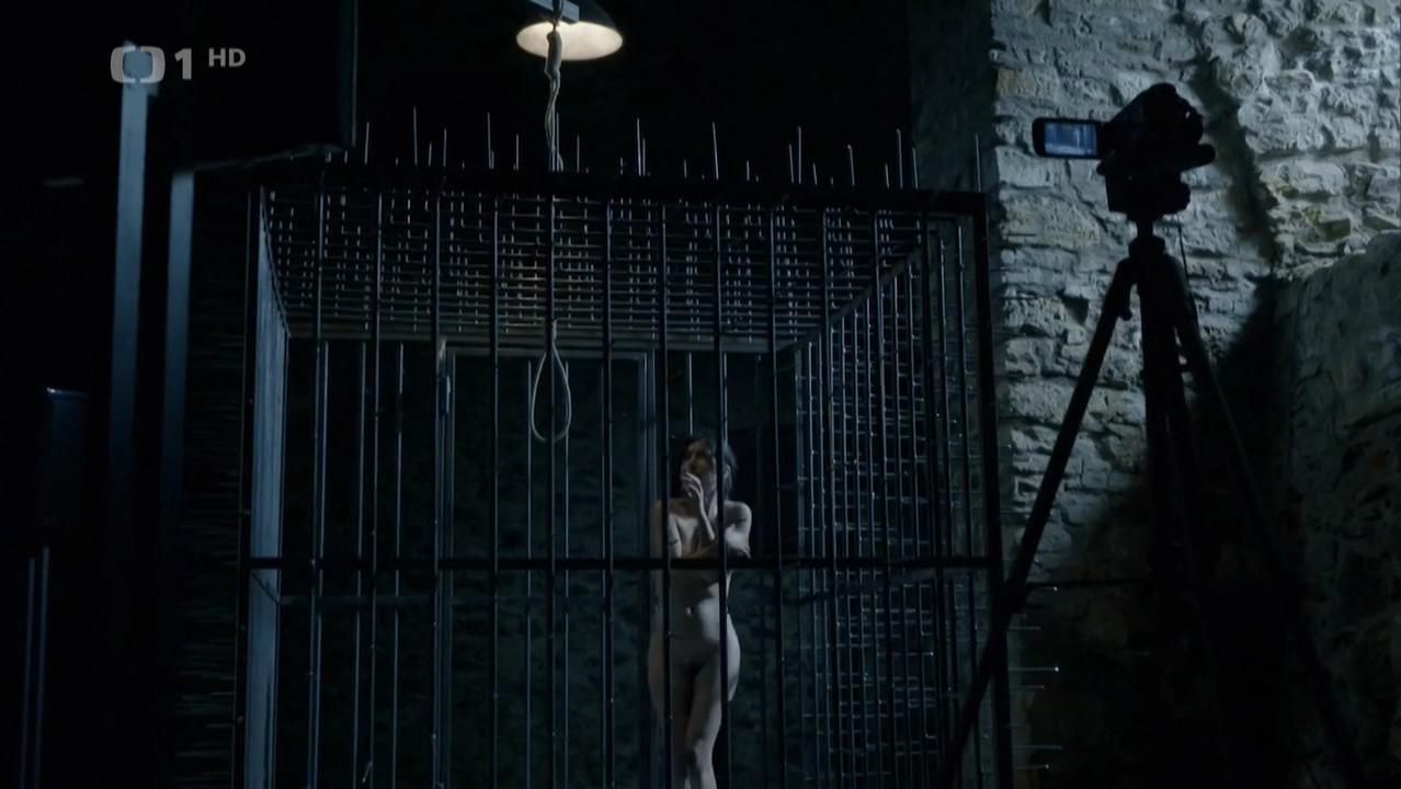 Katerina Janeckova nude - Labyrint s01e05-06 (2015)