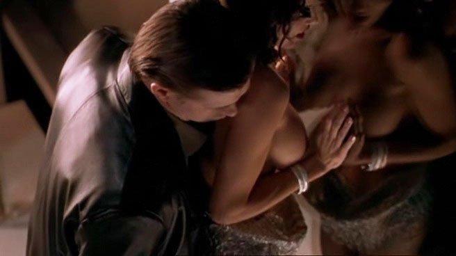 Brandy Ledford nude, Kristy Swanson sexy - Zebra Lounge (2001)