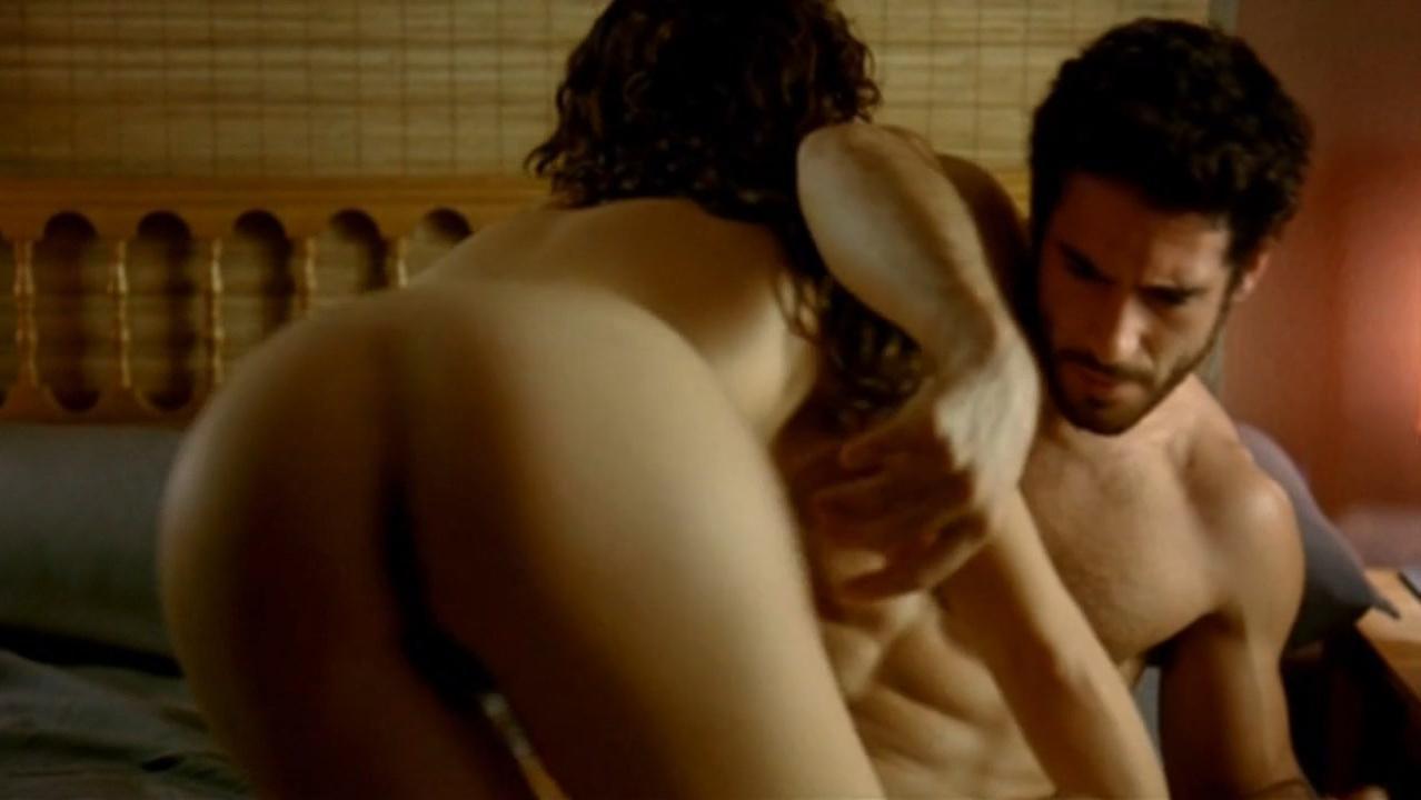 Belen Lopez nude - La Distancia (2006)
