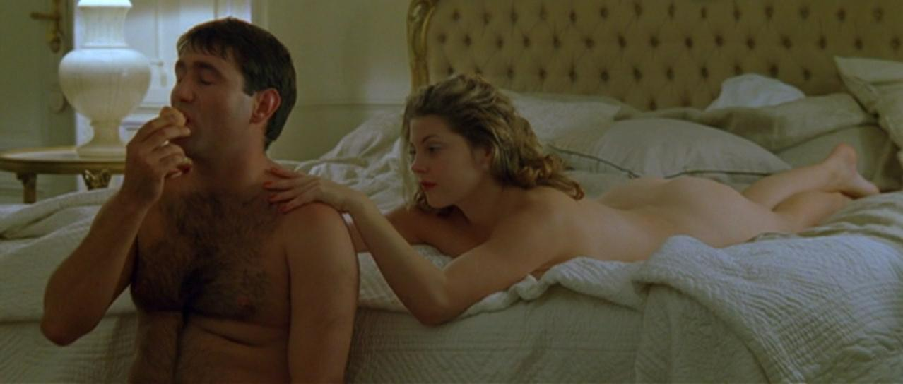 Sophie Guillemin nude - Harry, un ami qui vous veut du bien (2000)