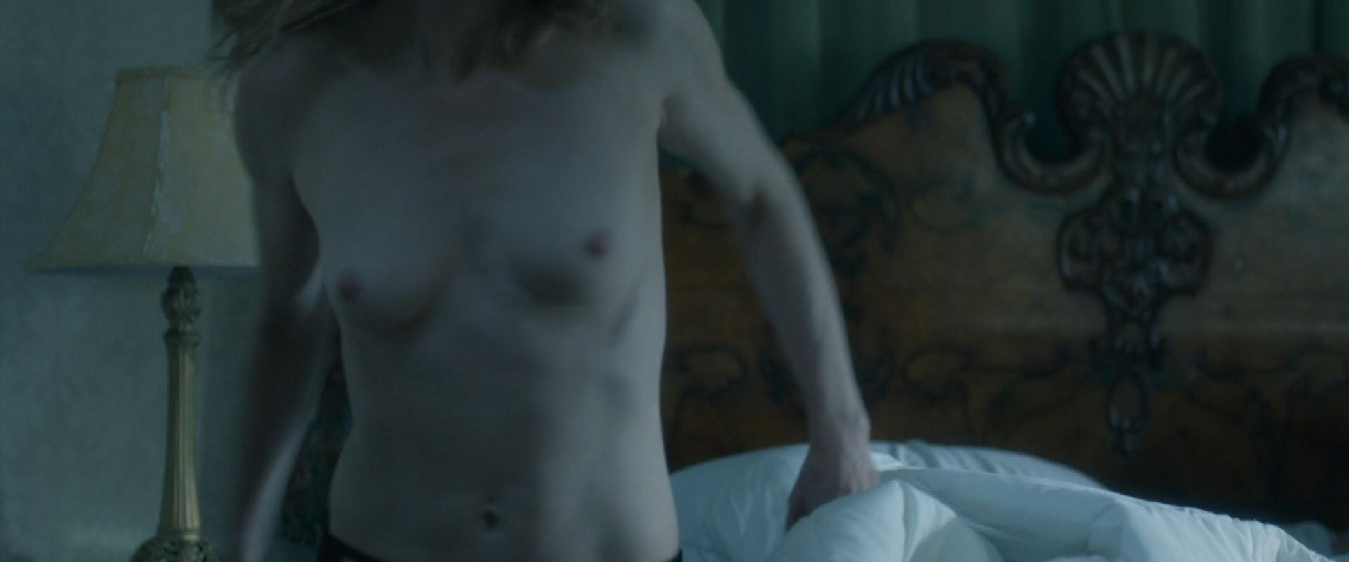 Amy Hargreaves nude - How He Fell in Love (2015)