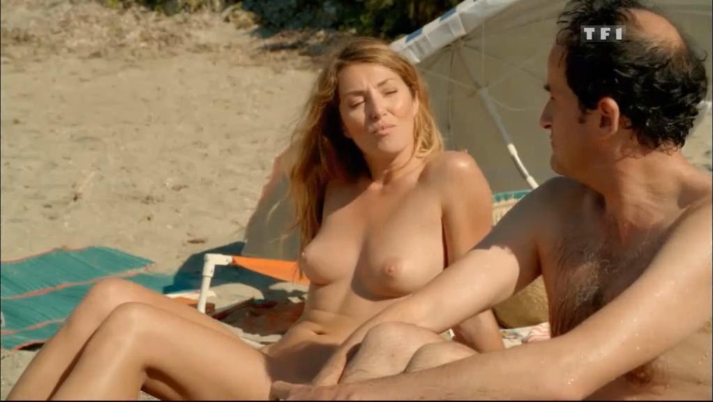 Marie Pape nude, Maeva Pasquali nude, Macha Meril nude, Christine Citti nude - A dix minutes des naturistes (2012)