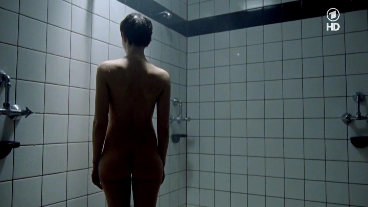 Katharina Schuttler nude - Polizeiruf 110 s39e08 (2010)