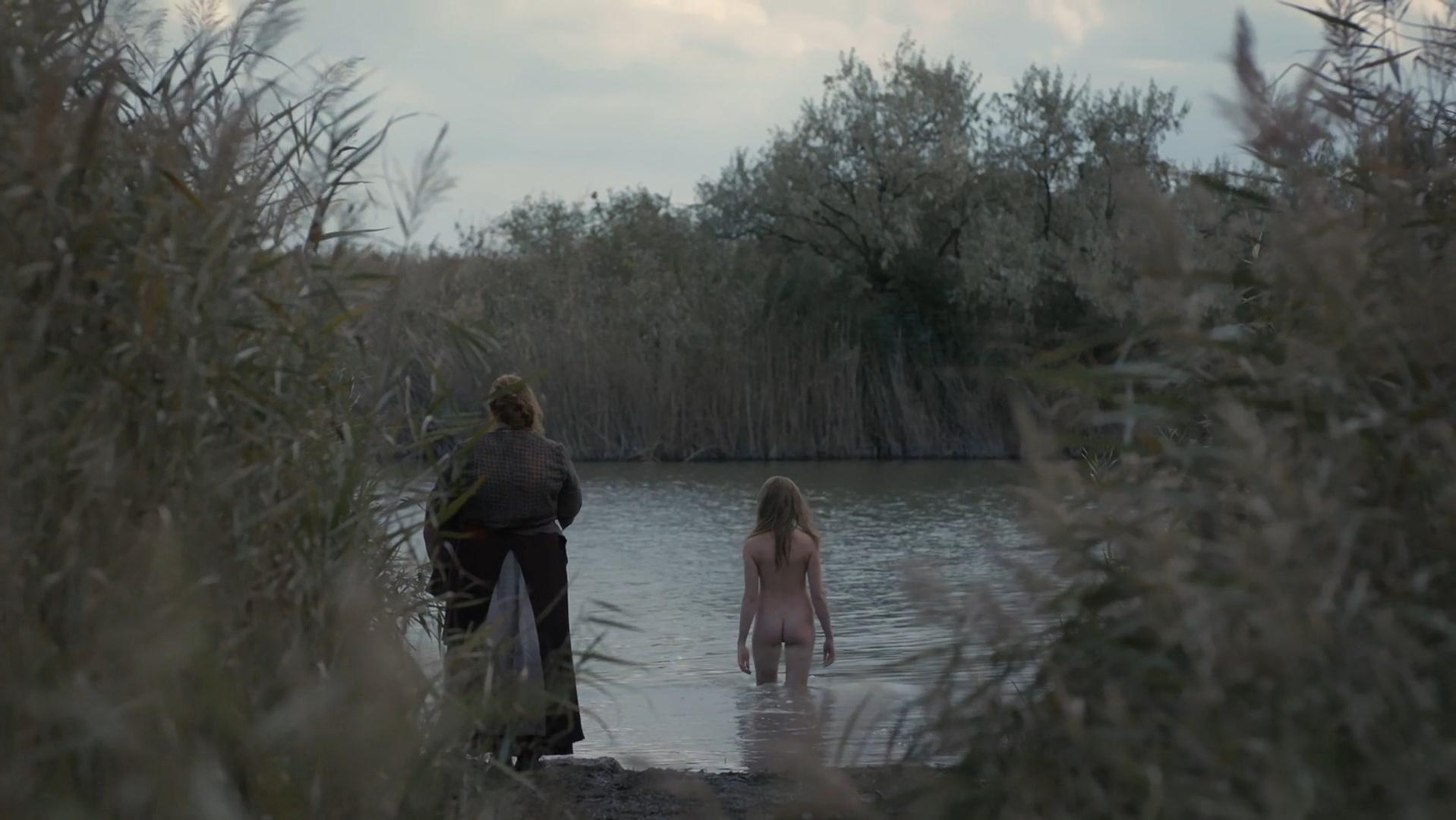 Millie Brady nude - The Last Kingdom s02e07 (2017)
