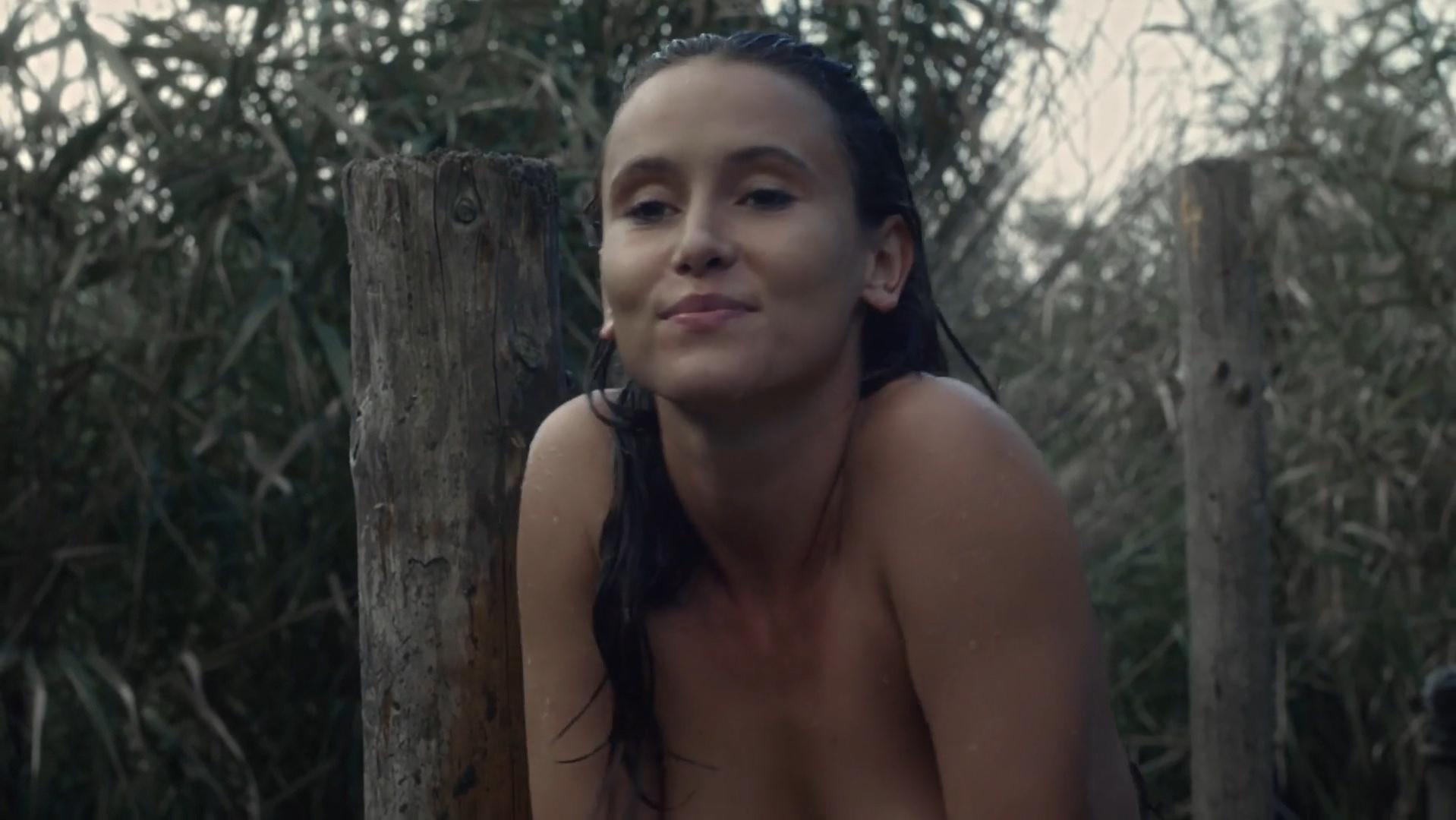 Peri Baumeister nude - The Last Kingdom s02e06 (2017)