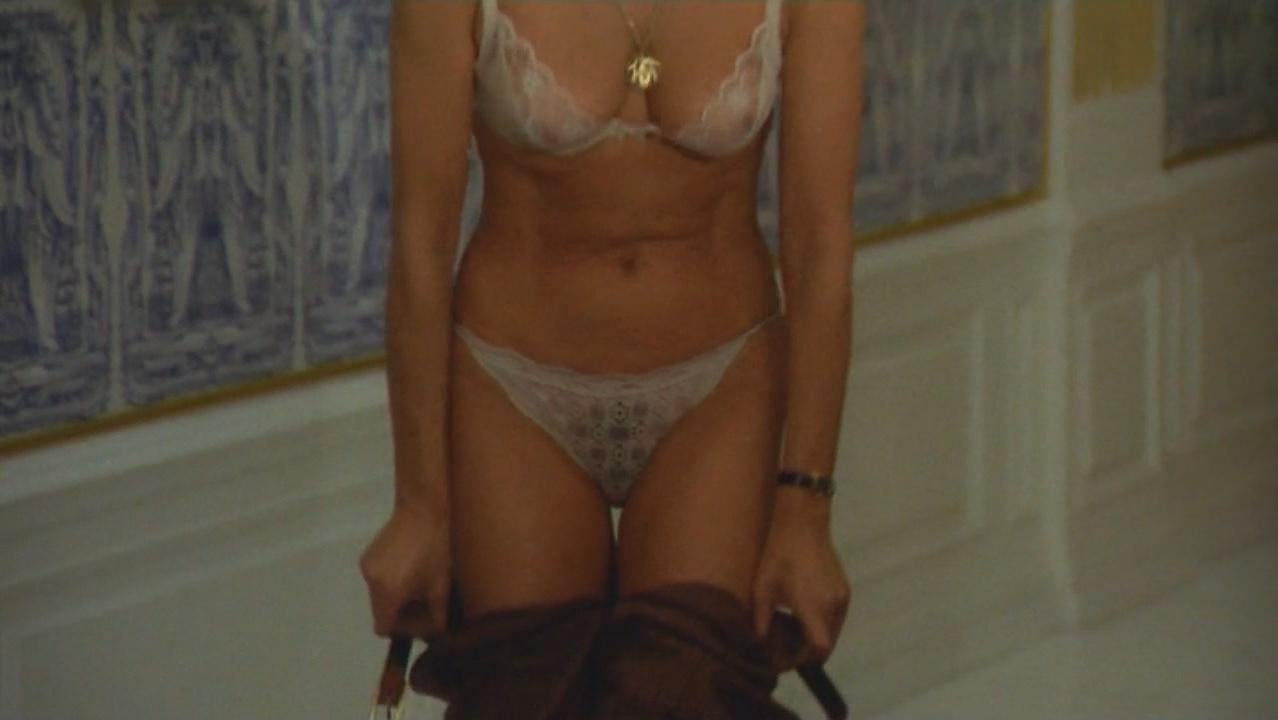 Sharon hinnendael nude embrace of the vampire 2013 - 2 part 1