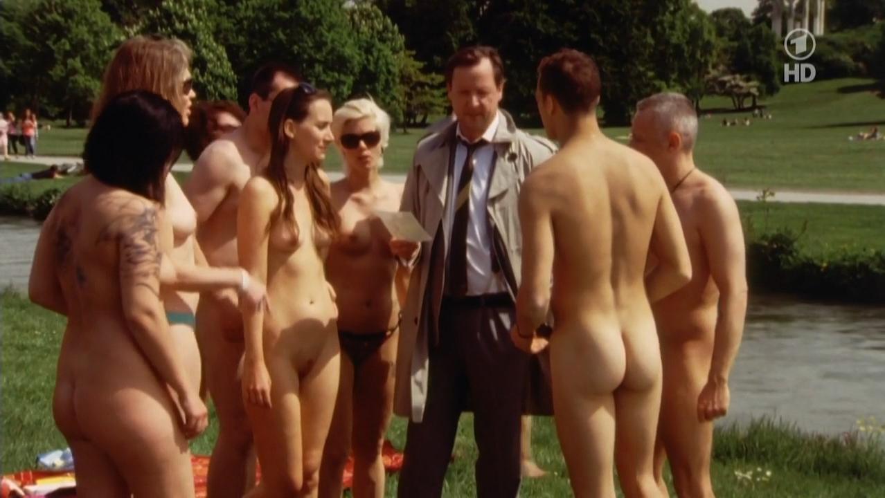 Anja Schiffel nude, Lena Baader nude - Polizeiruf 110 s43e05 (2014)