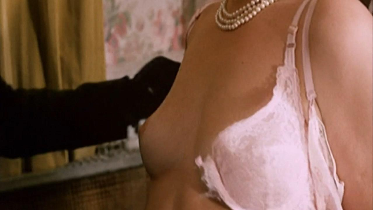 Delia Lindsay nude - Because of the Cats (1973)