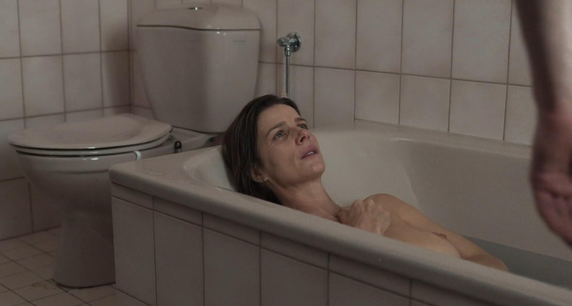 Nude Video Celebs  Rachel Griffiths Nude - Mammal 2016-6176