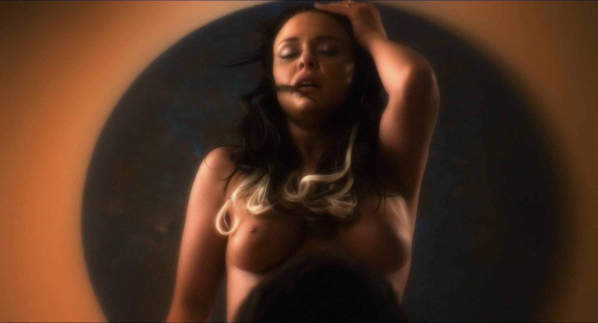 Madison McKinley nude - Palm Swings (2017)