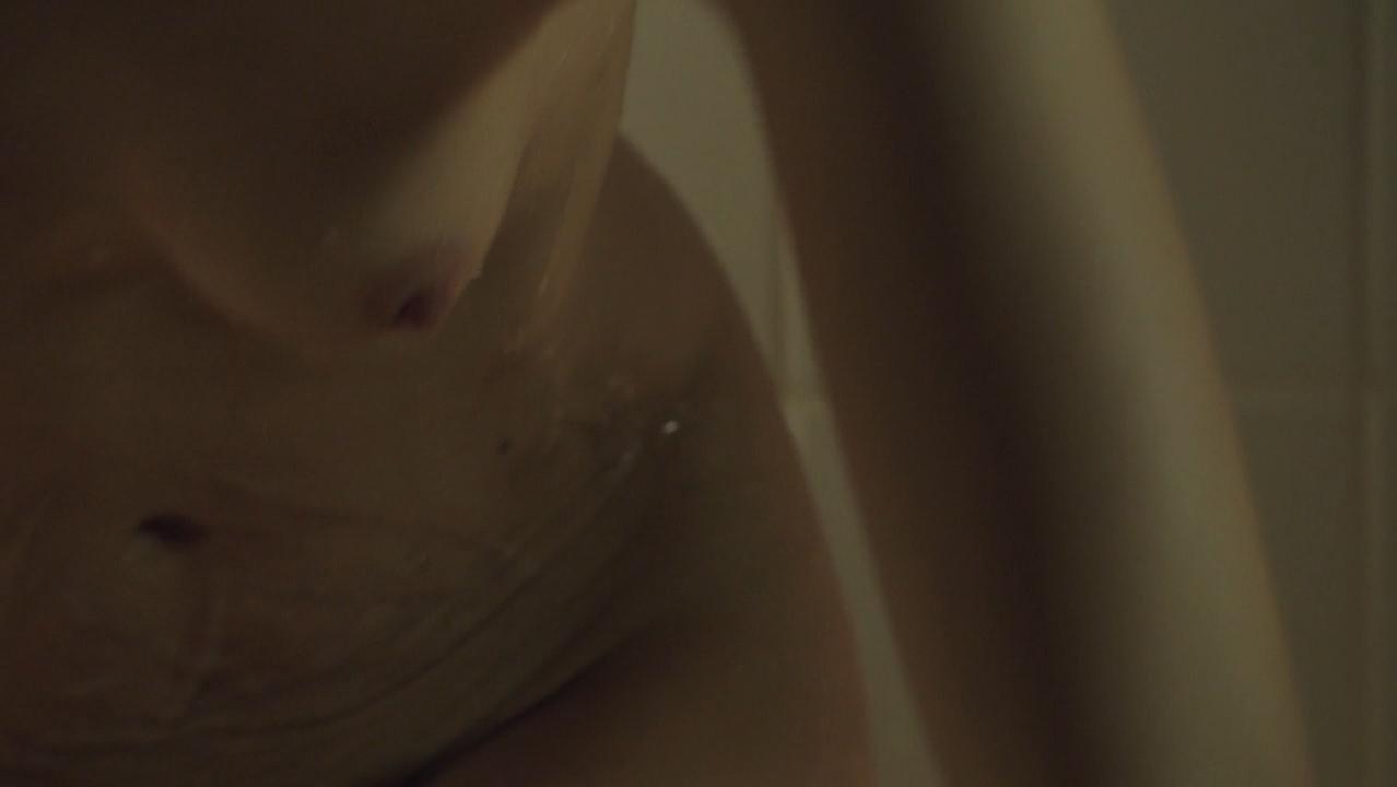 Celine Sallette nude - Les Revenants s01e02-03 (2012)