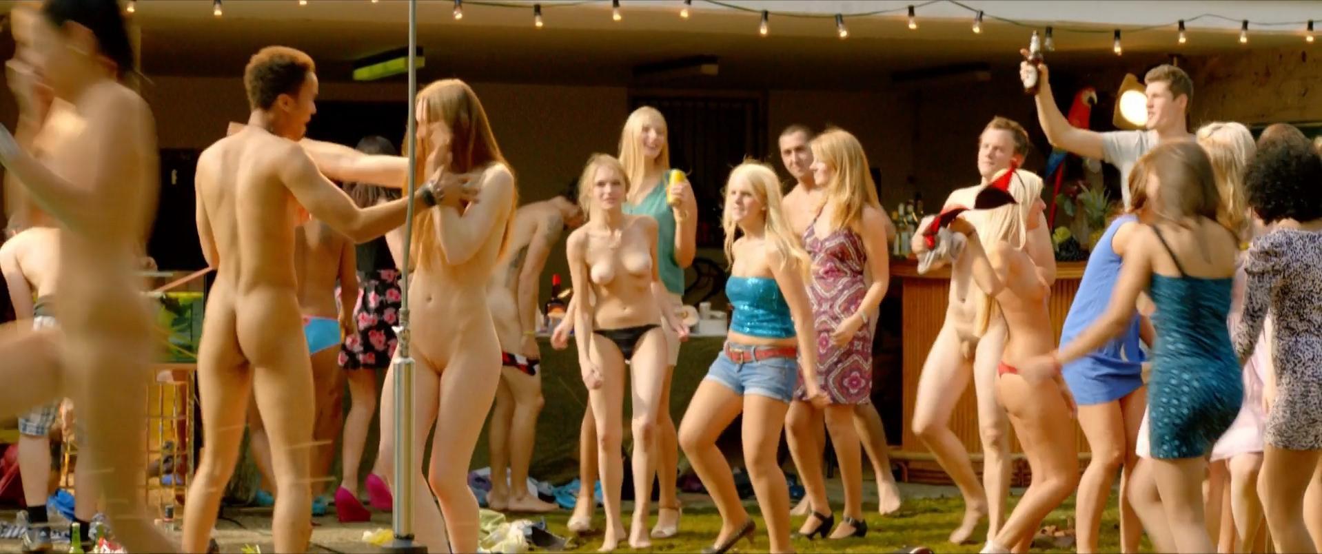 Lucrezia Phantazia nude - Wenn Inge tanzt (2013)