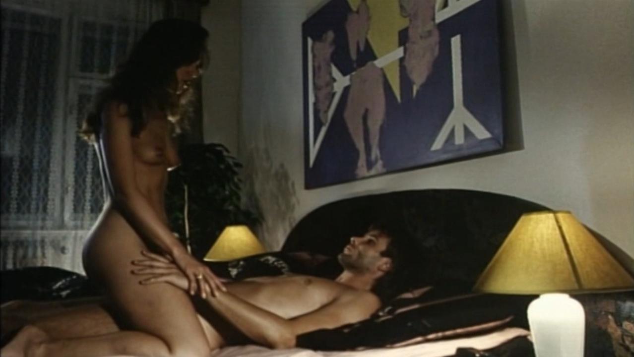 Ivana Velichova nude, Martina Adamcova nude - Nahota na prodej (1993)