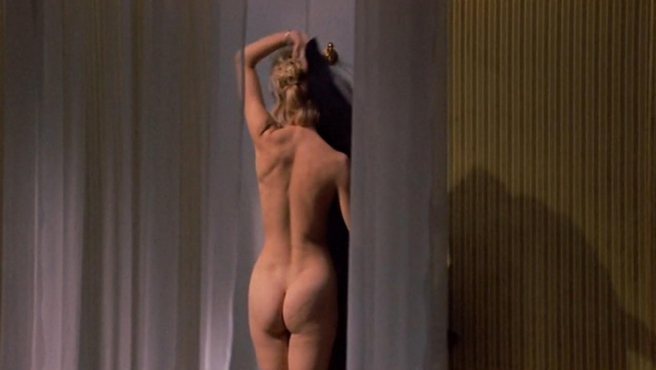 Nude pictures of goldie hawn