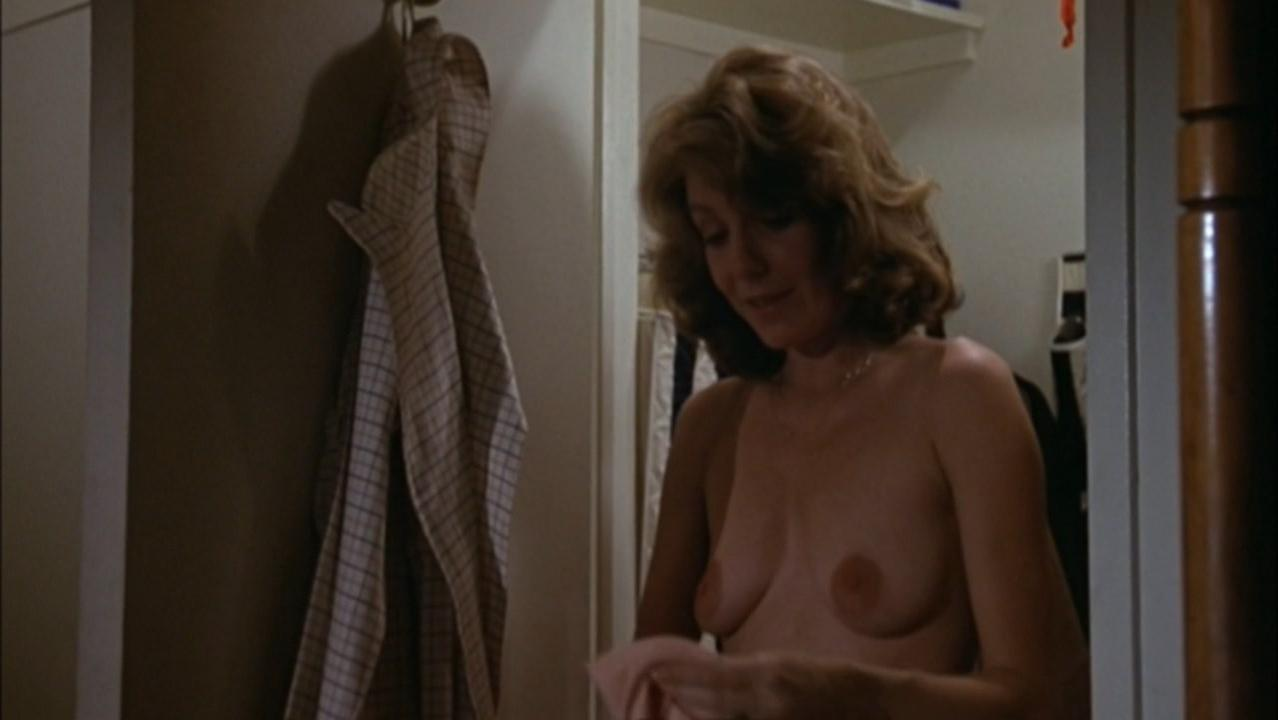 Jill Clayburgh nude - An Unmarried Woman (1978)