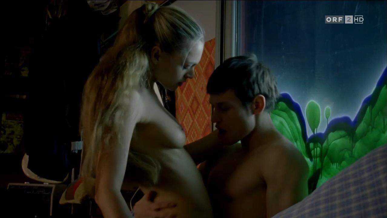 Julie Engelbrecht nude - Lebe Deinen Traum (2011)