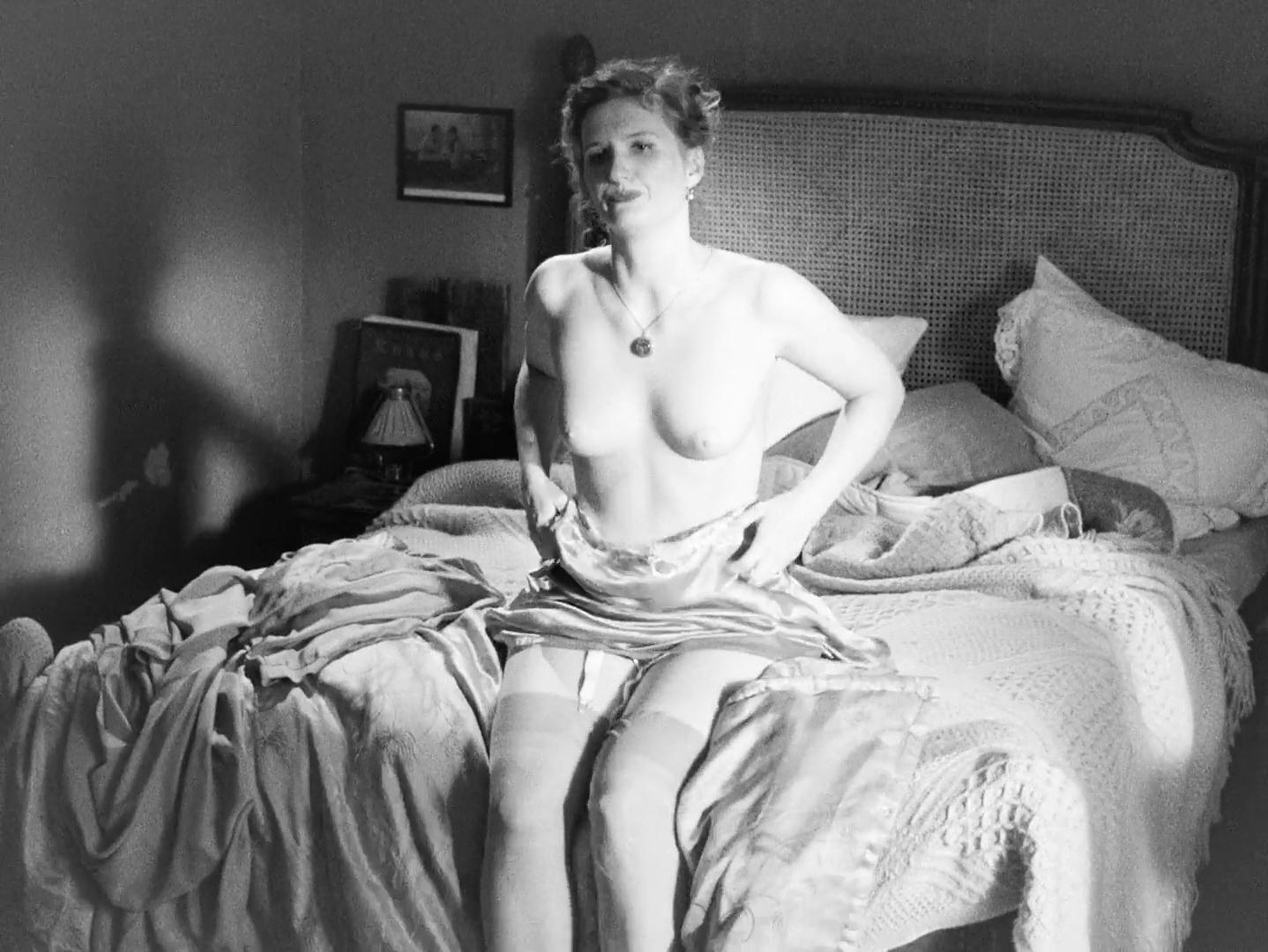 Lena Munchow nude, Lisa Charlotte Friederich nude - Fritz Lang Der Andere in uns (2016)